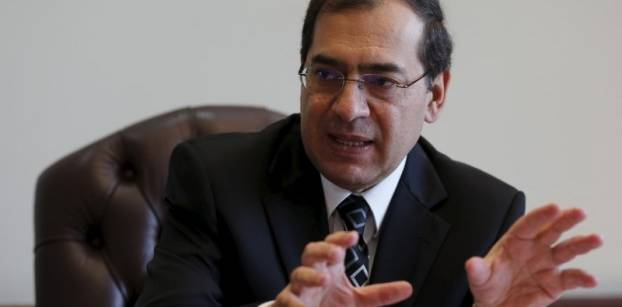 Egypt's petroleum minister denies visiting Iran to negotiate oil deals