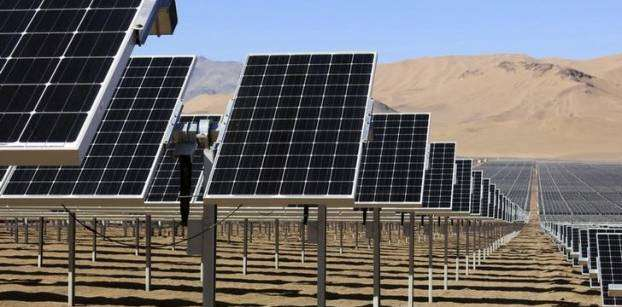 Egypt's transportation ministry turns to solar energy
