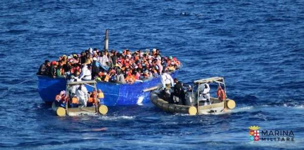 EU pushes migration talks with Tunisia, Egypt