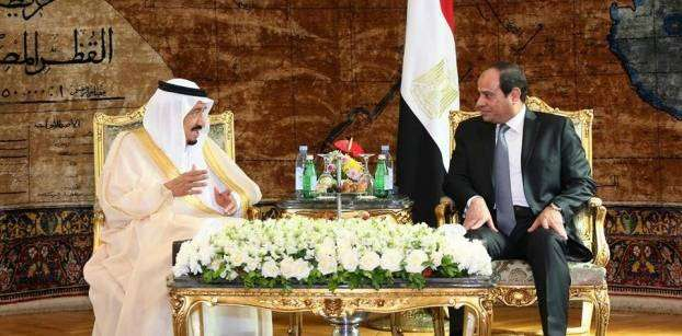 Without Saudi oil aid, Egypt rushes out big buy tenders