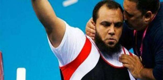 Egyptian weightlifter wins gold, breaks record at Rio Paralympics