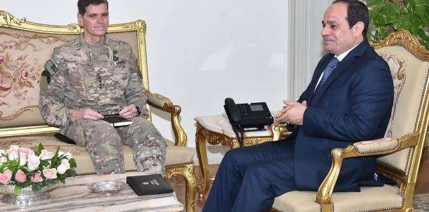 Al-Sisi discusses military relations with commander of the US CENCOM