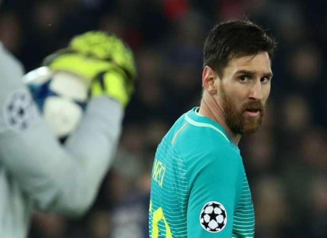 Messi postpones Egypt visit after Barcelona defeat
