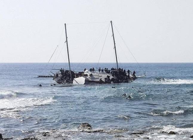 Egyptian naval forces thwart illegal immigration attempt - army spokesman