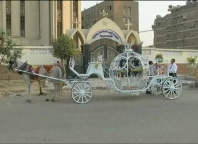 A car rental company provides an opportunity for any bride in Egypt to become a 'Cinderella'