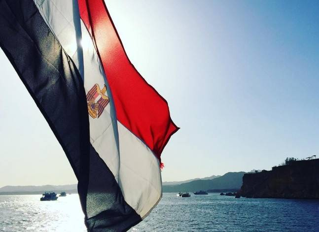 Egyptian lawyers challenge referral of Red Sea islands deal to parliament