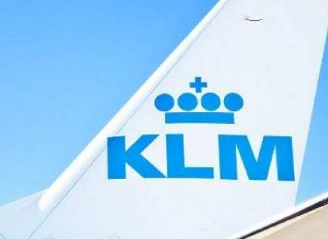 KLM temporarily suspends flights to Cairo amid foreign currency crisis