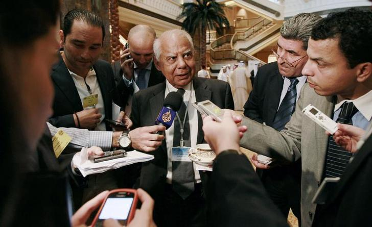 Egypt PM: 1,200 minimum wage starting January