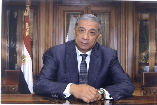Egypt issues arrest warrant against newspaper chief editor for
