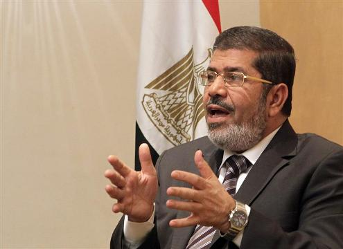 Mursi takes on judges in battle over Egypt's future