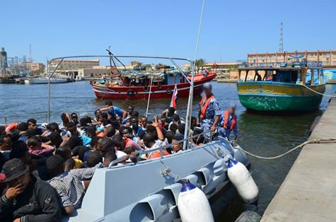Egypt's navy prevents illegal immigration attempts of 228  - military spokesman