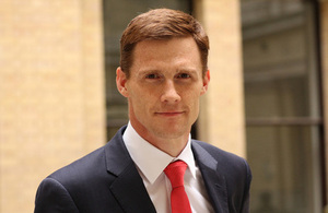 Newly appointed British ambassador arrives in Egypt