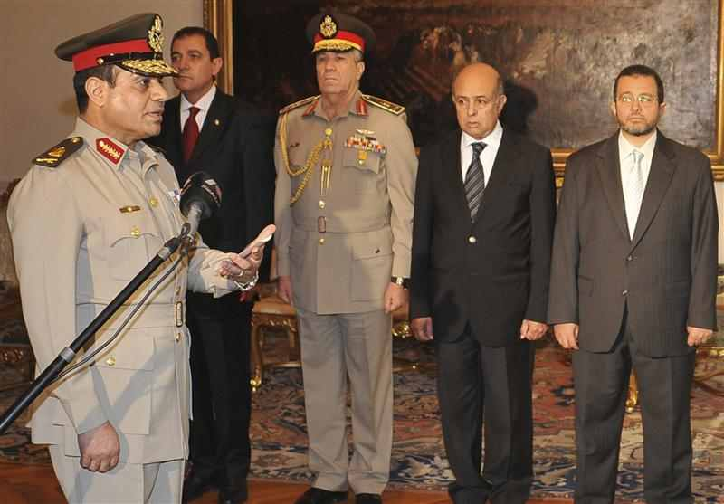 Army says political tussle taking Egypt to brink