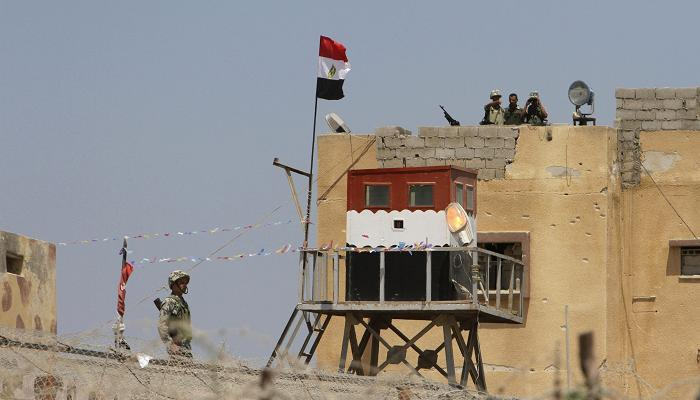 One soldier killed, eight injured in attack on Sinai military camp