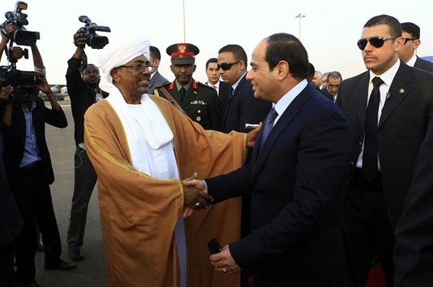 Wanted Sudanese president visits Cairo