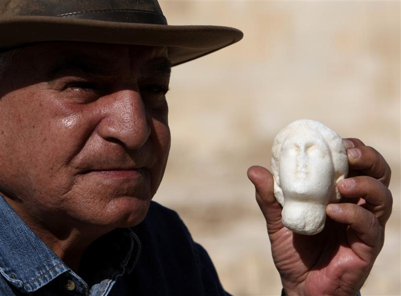 Egypt's former antiquities minister Hawass faces fresh corruption charges