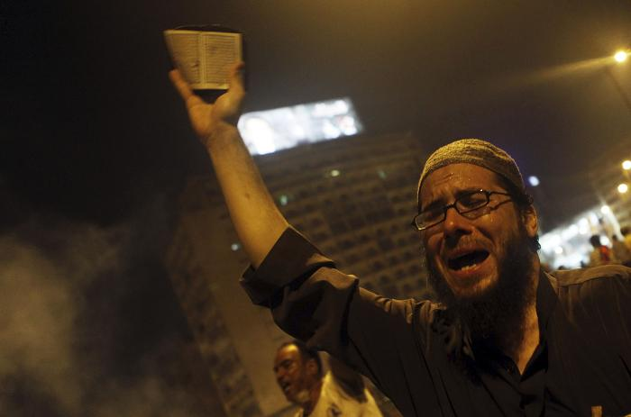 Seven dead as police and protesters clash in Egypt