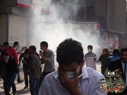 Clashes between Egypt police and protesters pick up