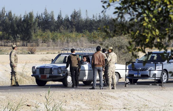Civilian shot dead at Sinai security checkpoint - sources
