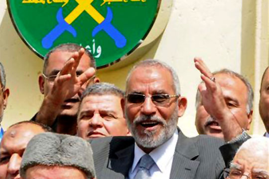 British envoy discusses political situation with Muslim Brotherhood's supreme guide in Cairo