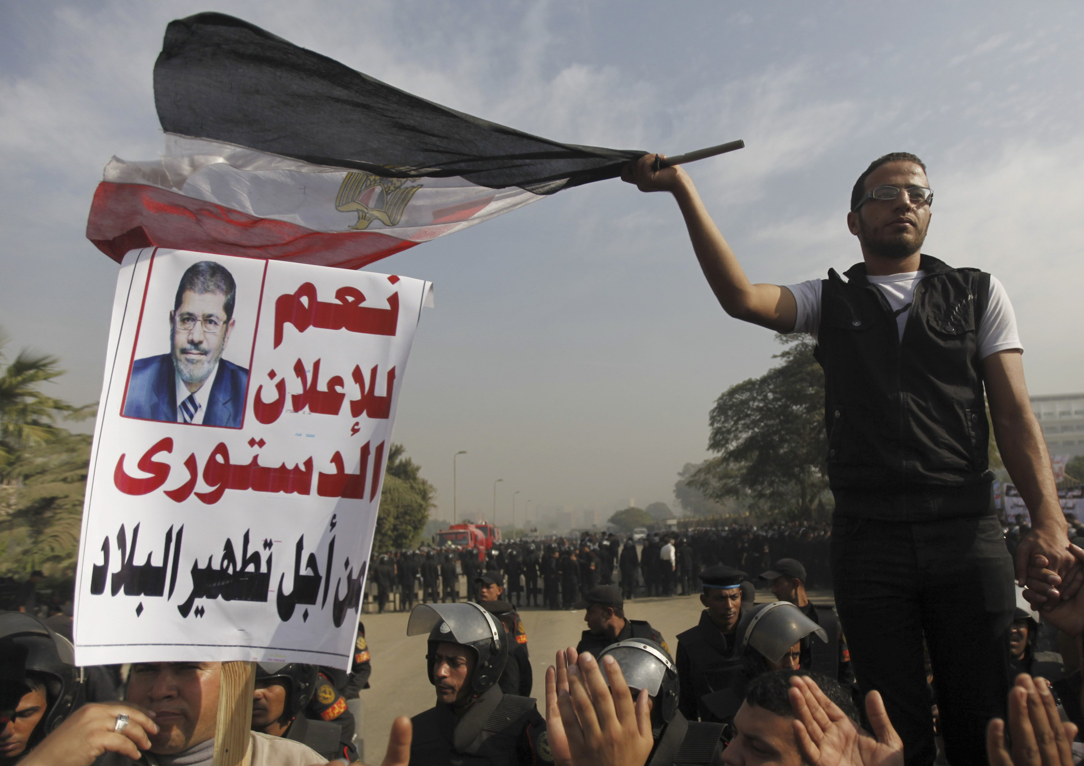 Egypt court considers challenges to Mursi's decree