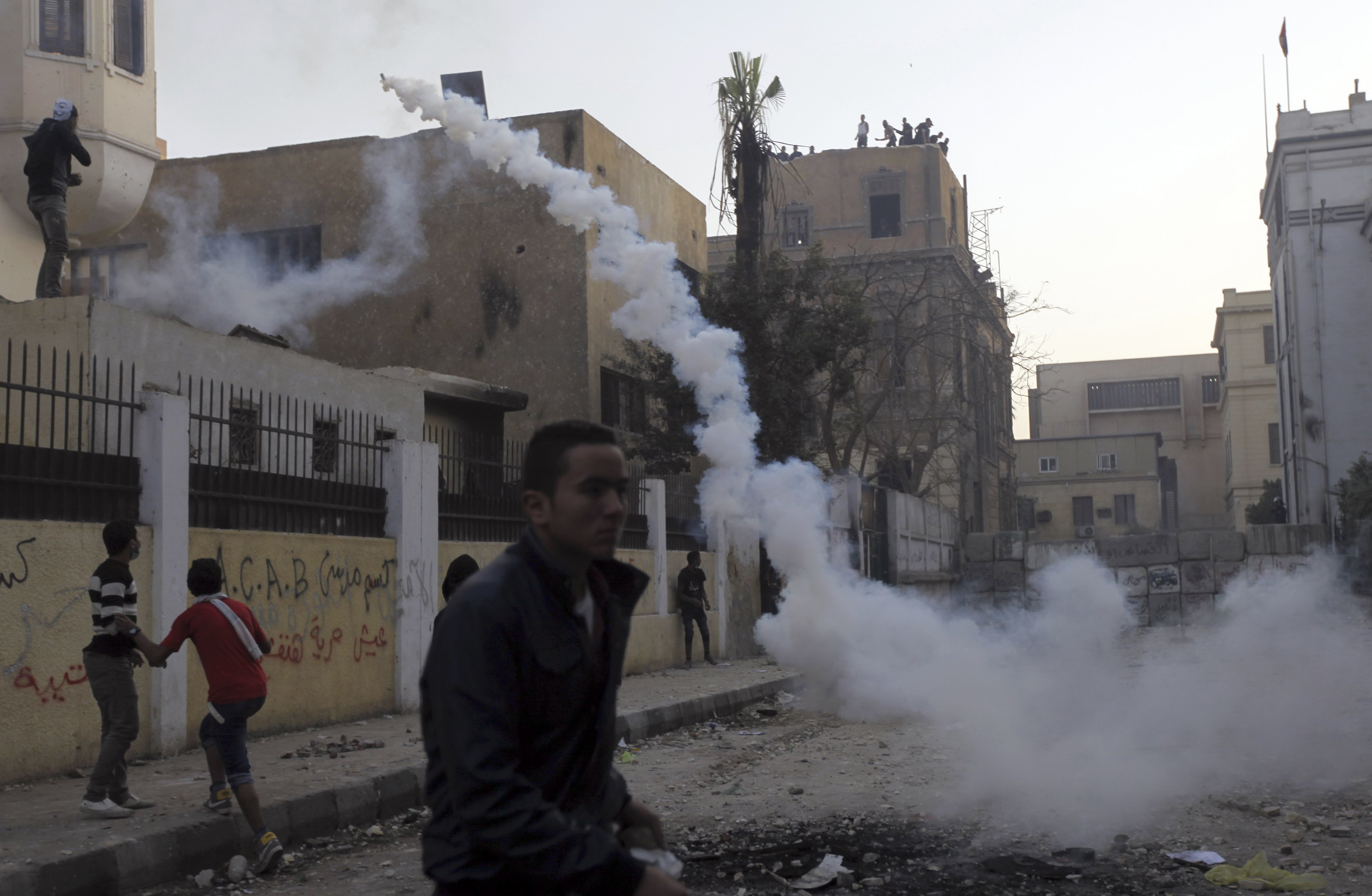 At least 30 killed in Egypt clashes over death sentences