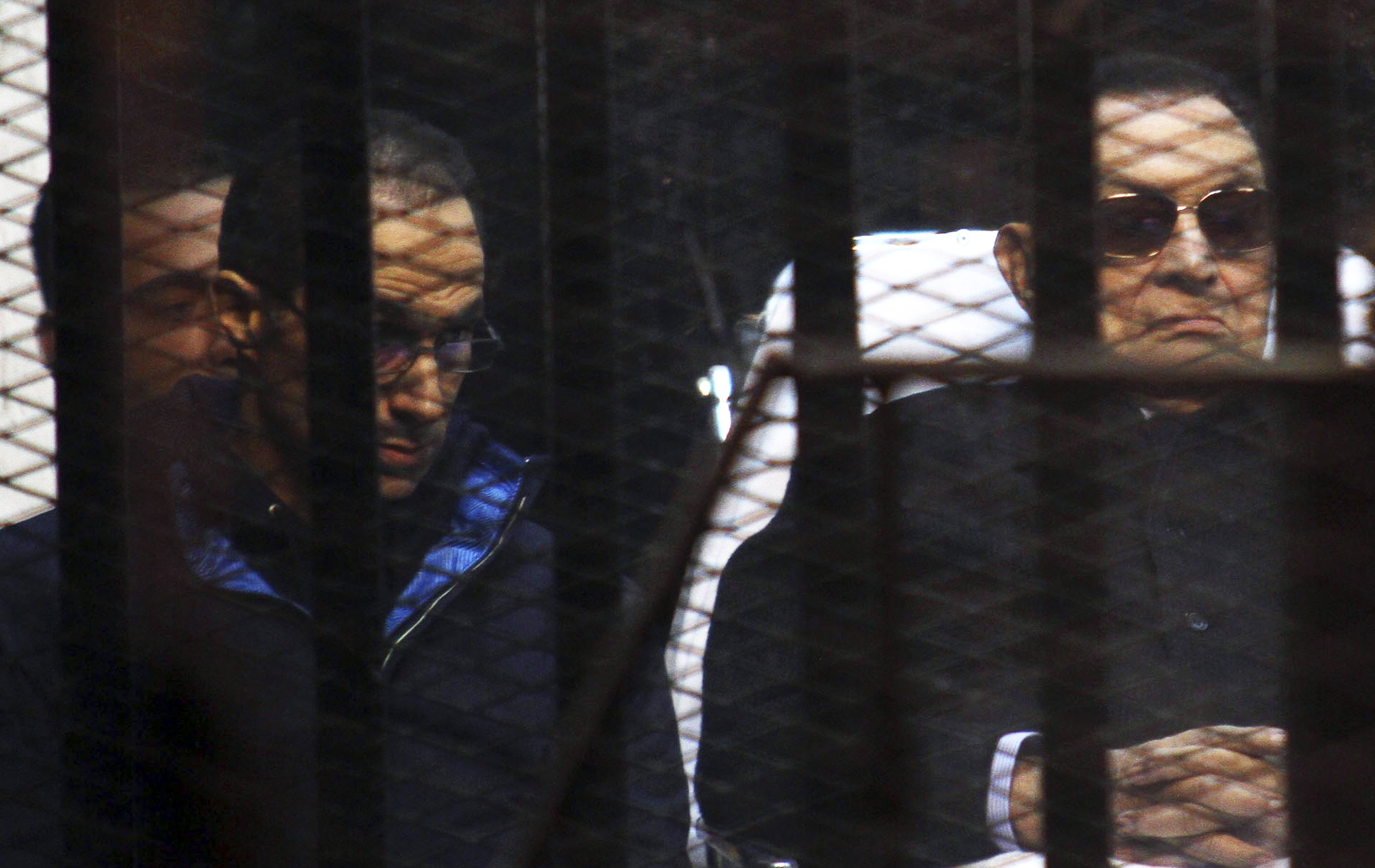 Alaa and Gamal Mubarak yet to be released - prison department