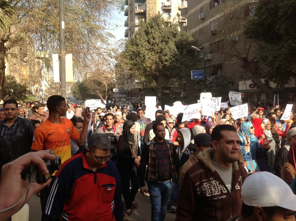 Demonstrators march in Maadi to support police, army
