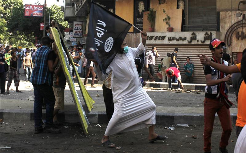 Egypt arrests al Qaeda militant previously jailed for Sadat murder