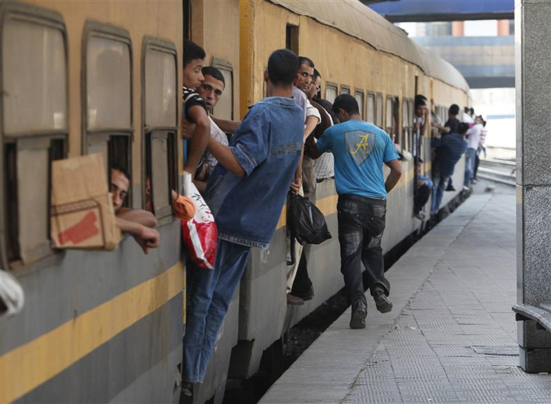 Railway movement halted by protesters in Upper Egypt
