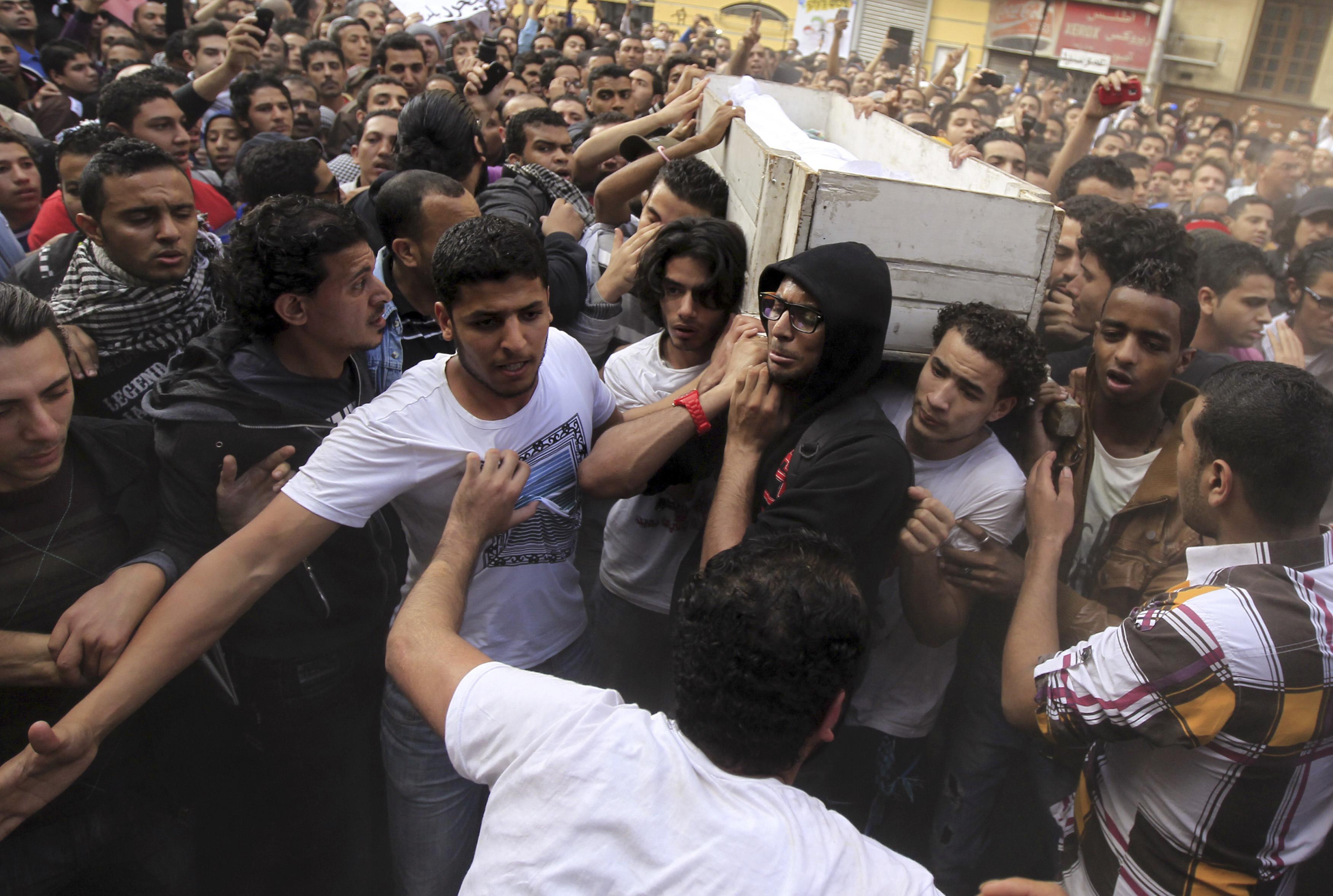 Mursi opponents rally in Cairo's Tahrir
