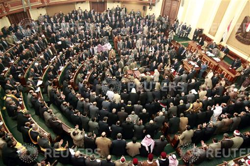 Islamists and opposition differ on proposed elections law