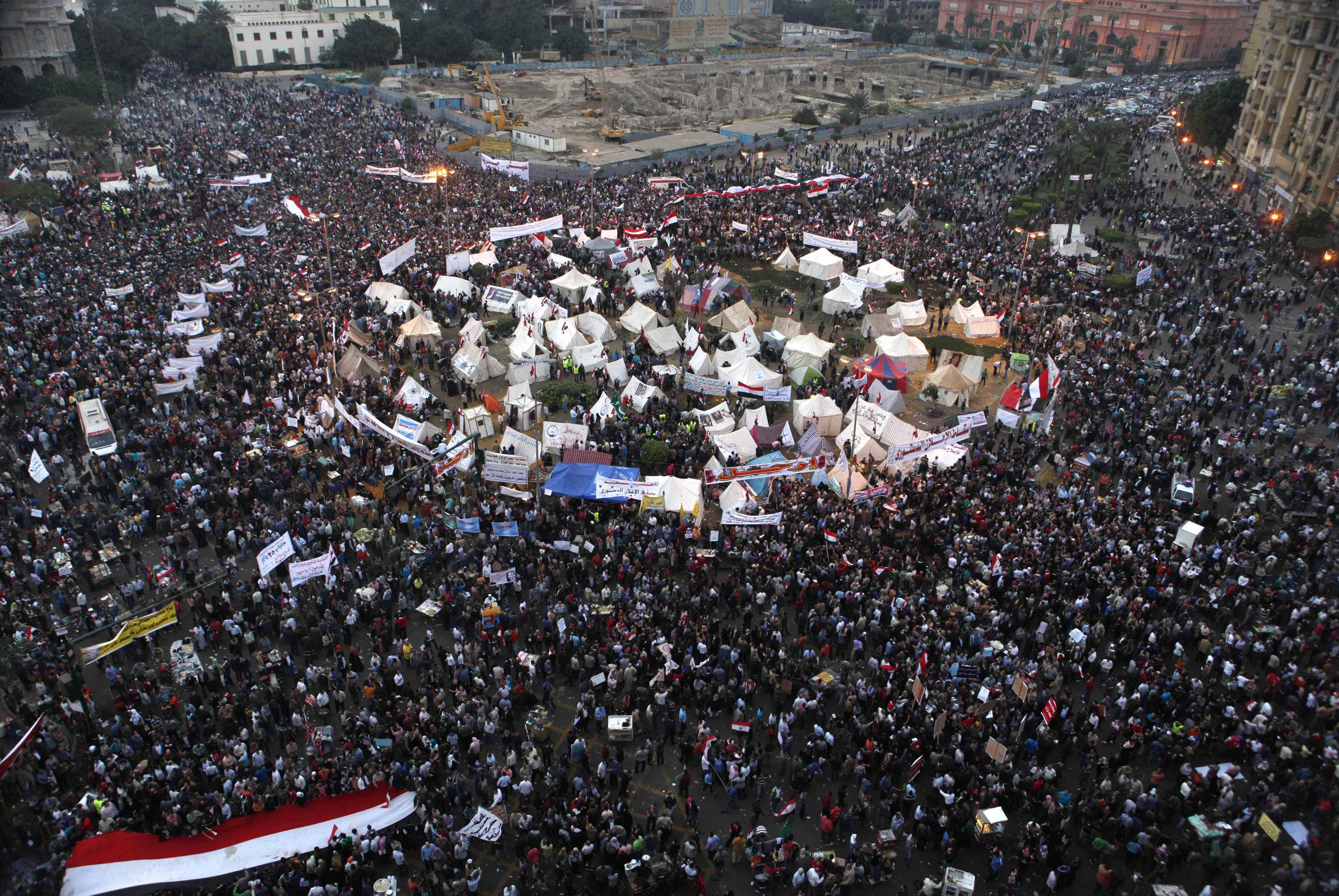 Thousands march to presidential palace against charter