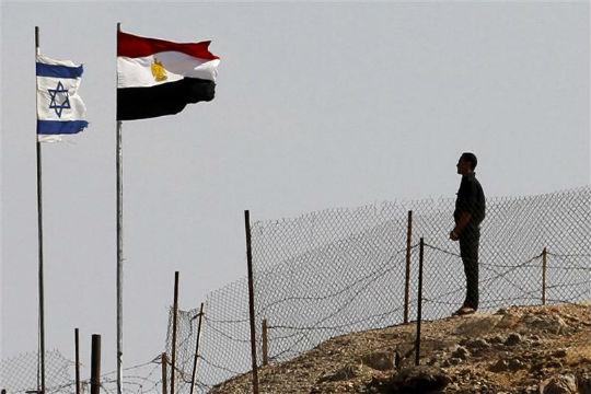Israel says hasn't recalled envoy to Egypt