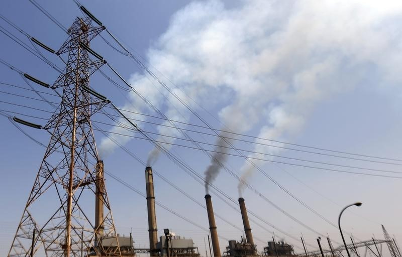 Bombs down two electricity pylons in Giza