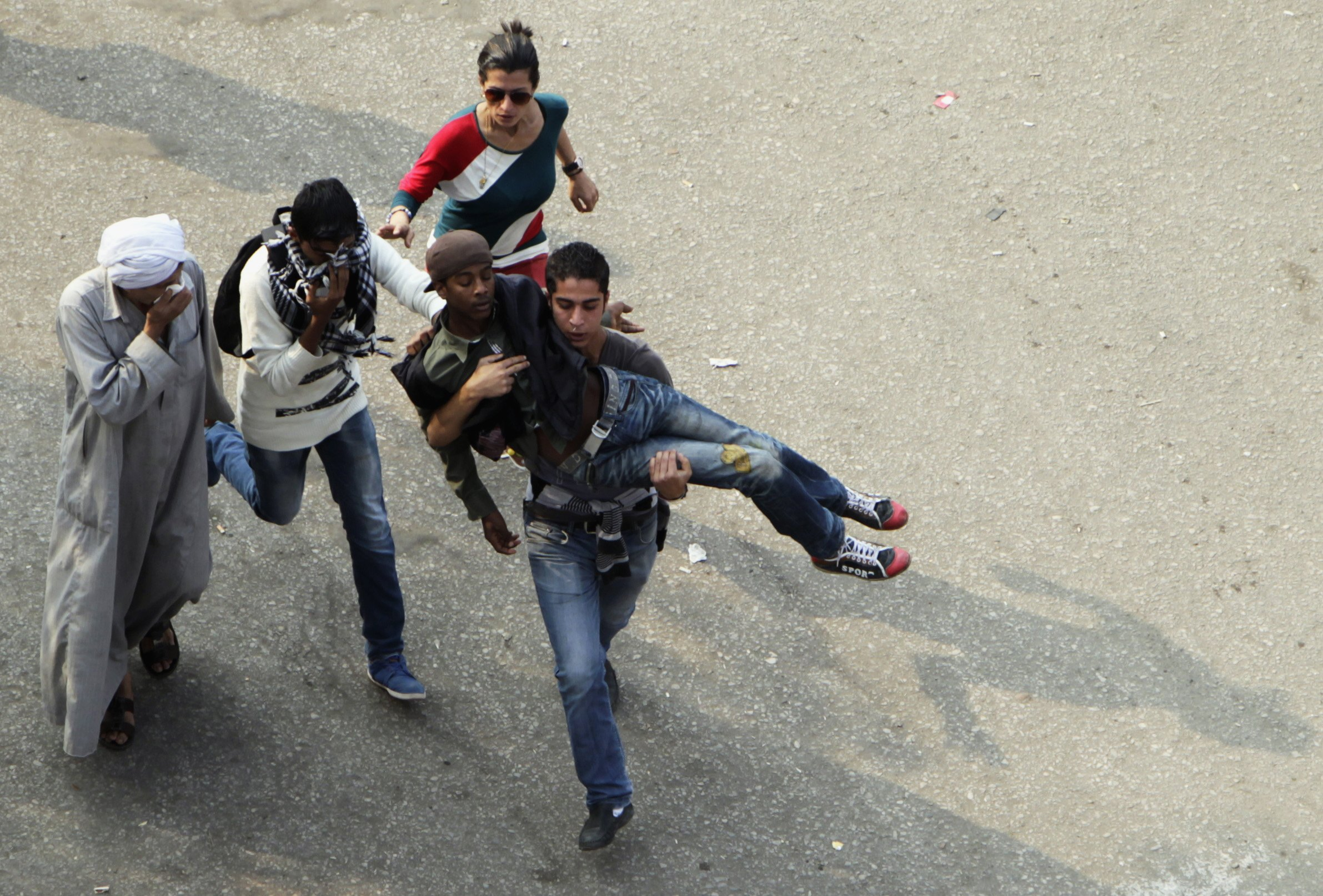 Egypt arrests four in Cairo's Tahrir Square, 12 injured