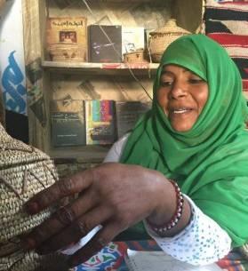 أعمال يدوية من سيوة وشلاتين في ديزاينوبيا زون، تصوير: مروة صابر - أصوات مصرية