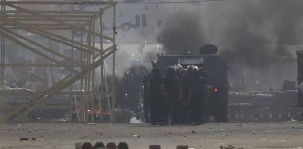 """مصطفى محمود .. مشاهد من """"الاعتصام"""" المنسي"""