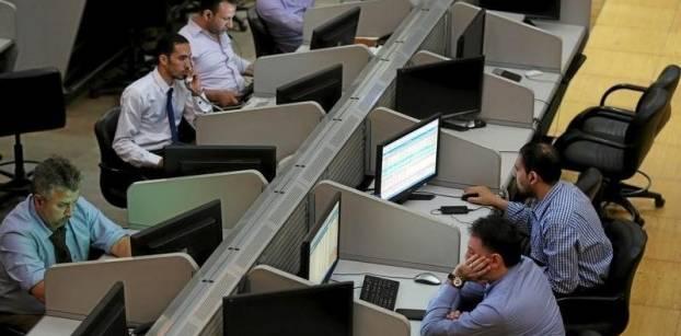 مشتريات المصريين والأجانب تدفع البورصة للارتفاع في بداية التعاملات