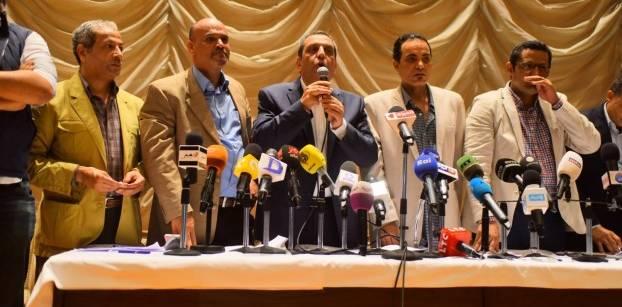 مسؤول قضائي: نقيب الصحفيين وعضوا المجلس مهددون بالحبس 3 سنوات