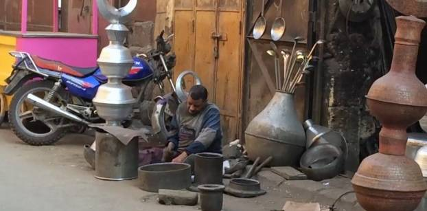 """بالفيديو- الضوضاء واقع مر يعانيه سكان شارع """"أمير الجيوش"""""""