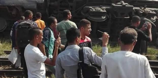 رئيس السكك الحديدية: 3 قتلى و17 مصابا إثر خروج قطار عن القضبان بالعياط