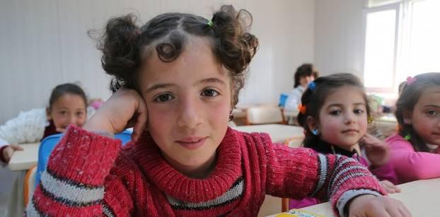 بالإنفوجراف- 5 حقائق صادمة في اليوم العالمي للفتاة