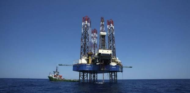 البترول: إيني مستمرة في ضخ استثمارات لتنفيذ مشروع حقل ظهر