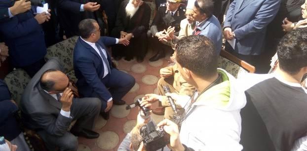 في رابع أيام النزوح..تعهدات الدولة والكنيسة لا تستوعب غضب أقباط العريش
