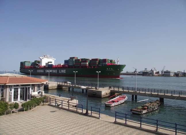 قناة السويس تخفض الرسوم 45% لناقلات البترول المتجهة من أمريكا إلى الخليج