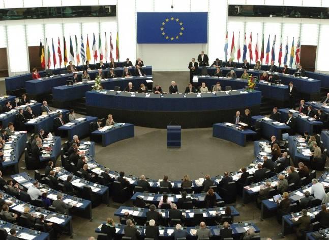 الاتحاد الأوروبي: تجميد أصول حقوقيين يخالف إلتزامات مصر بالارتقاء بحقوق الإنسان