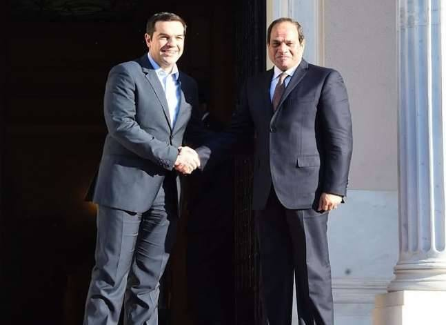 السيسي يطلب تعزيز التعاون بين مصر واليونان لمكافحة الهجرة غير الشرعية