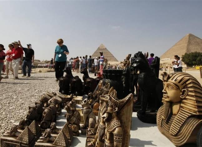 السياحة تواصل الانكماش في الربع الأول وقطاع الاتصالات الأعلى نموا