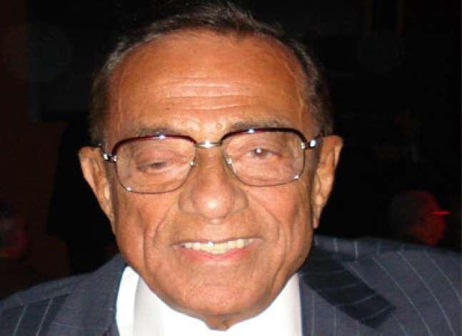 النائب العام: رفع اسم حسين سالم من قائمة تجميد الأموال وترقب الوصول